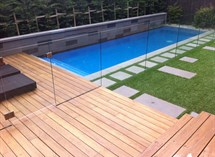 Bluestone feature wall in swimming pool in Caulfied Great Ocean Pools